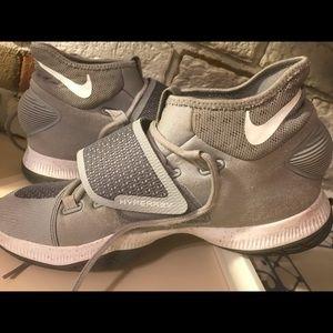 16f466127a59 Men s Nike Zoom Hyperrev on Poshmark